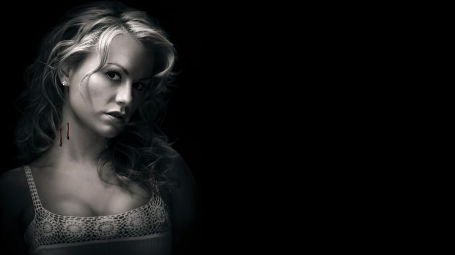 SENSUALITY - Anna Paquin girl blood blonde celebrity wallpaper