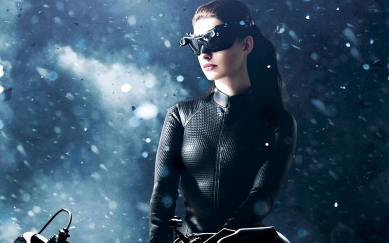 SENSUALITY - anne hathaway brunette girl movie catwoman actress wallpaper