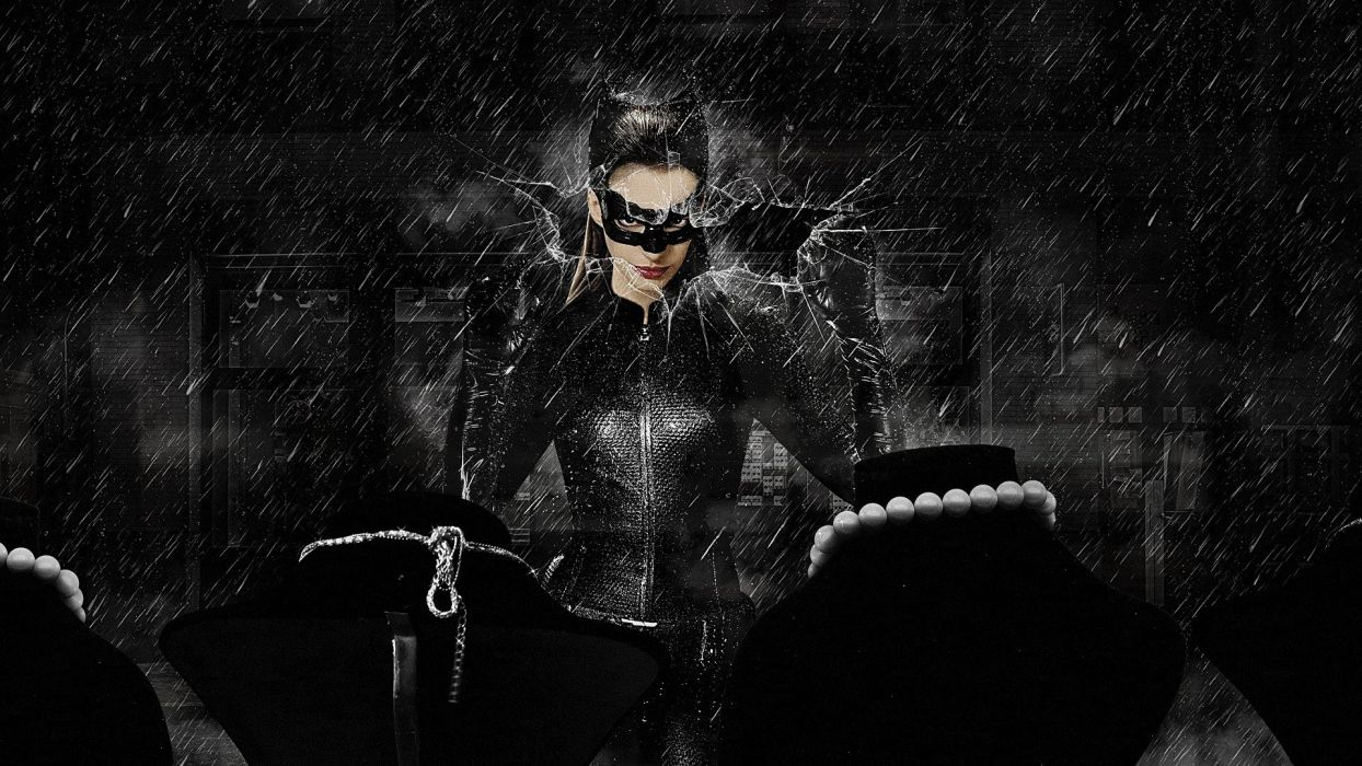 SENSUALITY - anne hathaway brunette girl movie catwoman necklace wallpaper