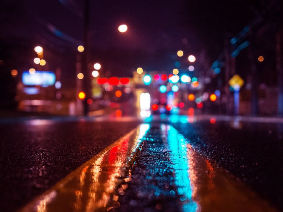 Wet Road On - Rainy Night wallpaper