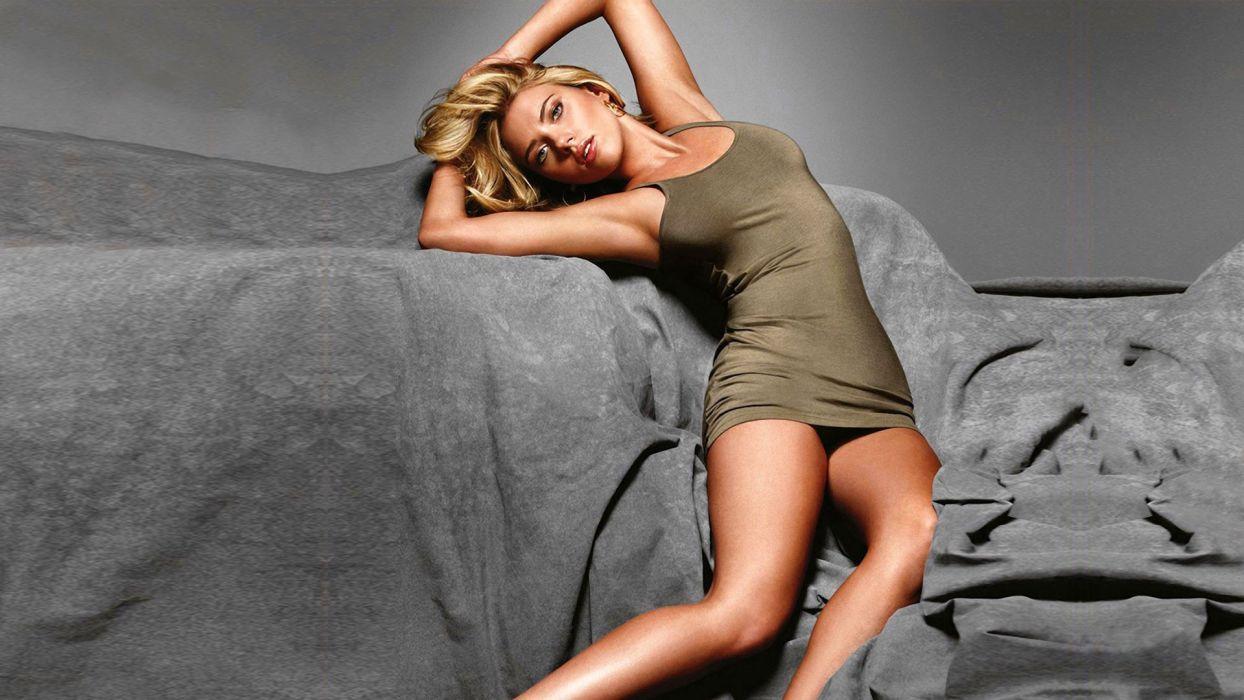 SENSUALITY - scarlett johansson actress girl blonde pose wallpaper