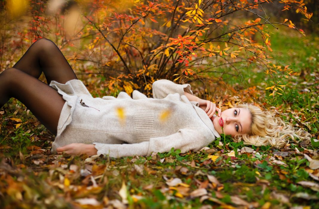 colorful nature beautiful autumn trees leaves colorful nature beautiful autumn trees foliage mood model babe wallpaper