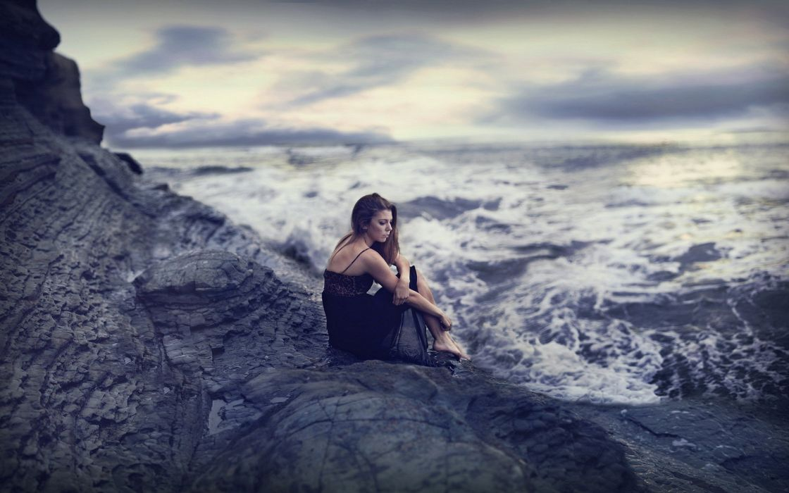 girl sea mood wallpaper
