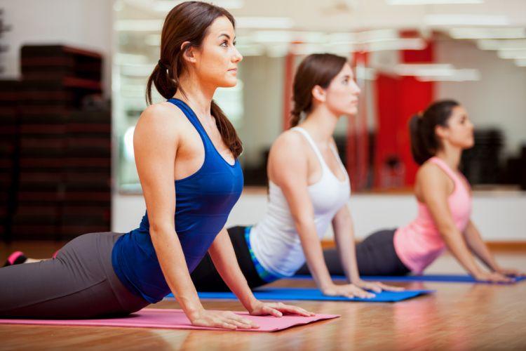 Yoga Exercises elongation poses fitness sexy babe wallpaper