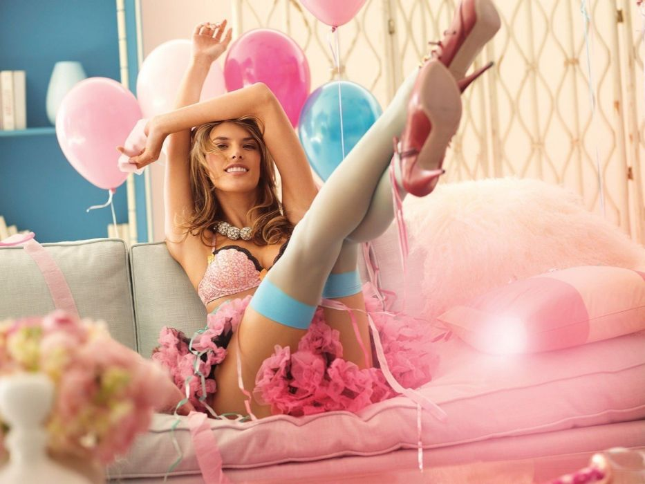 SENSUALITY - girl blonde stockings legs balloon wallpaper