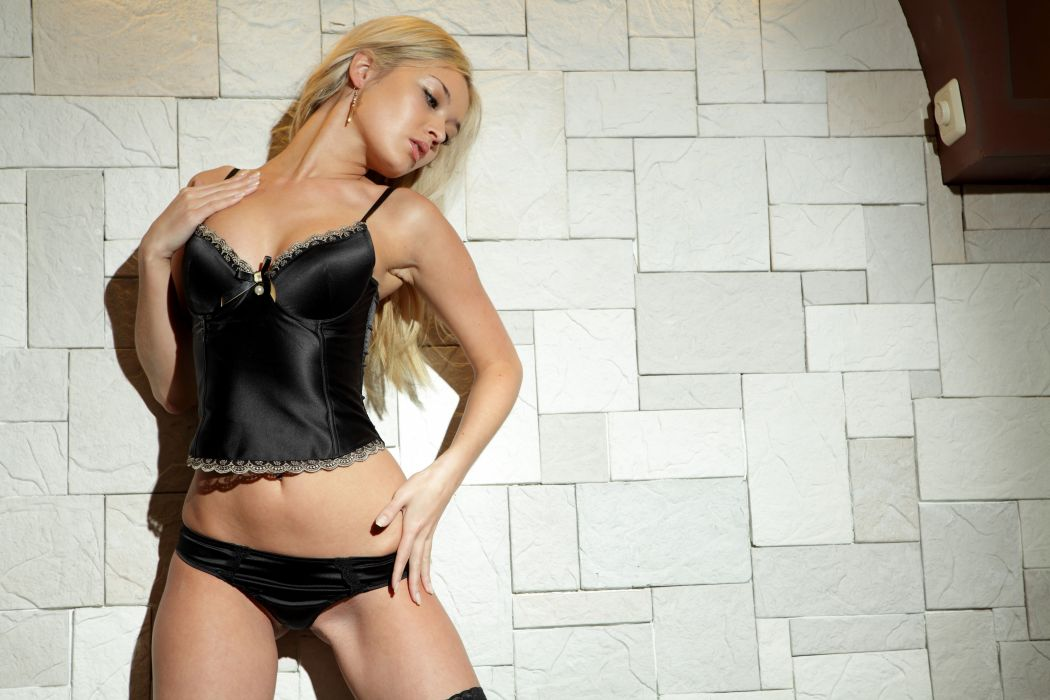 SENSUALITY - corset wall blonde girl belly wallpaper