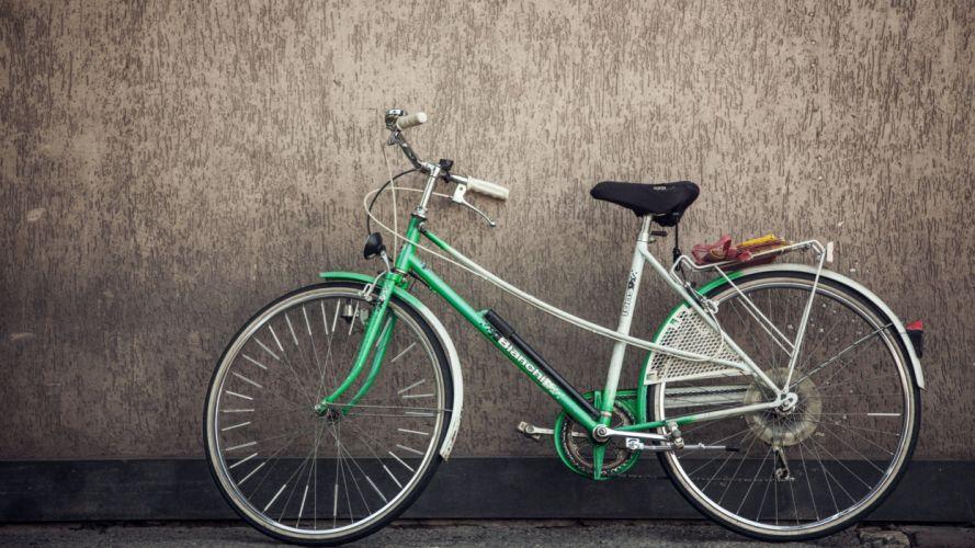 bicicleta-pared-vehiculo wallpaper