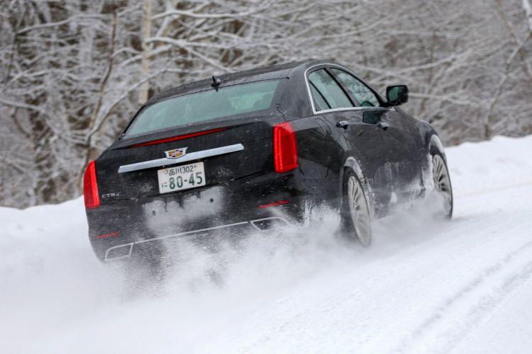 2015 Cadillac CTS JP-spec luxury wallpaper
