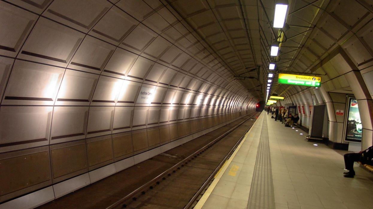 Heathrow Underground Tube Station wallpaper