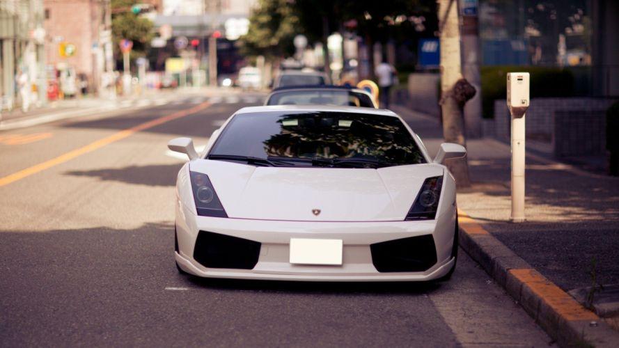 Lamborghini White wallpaper