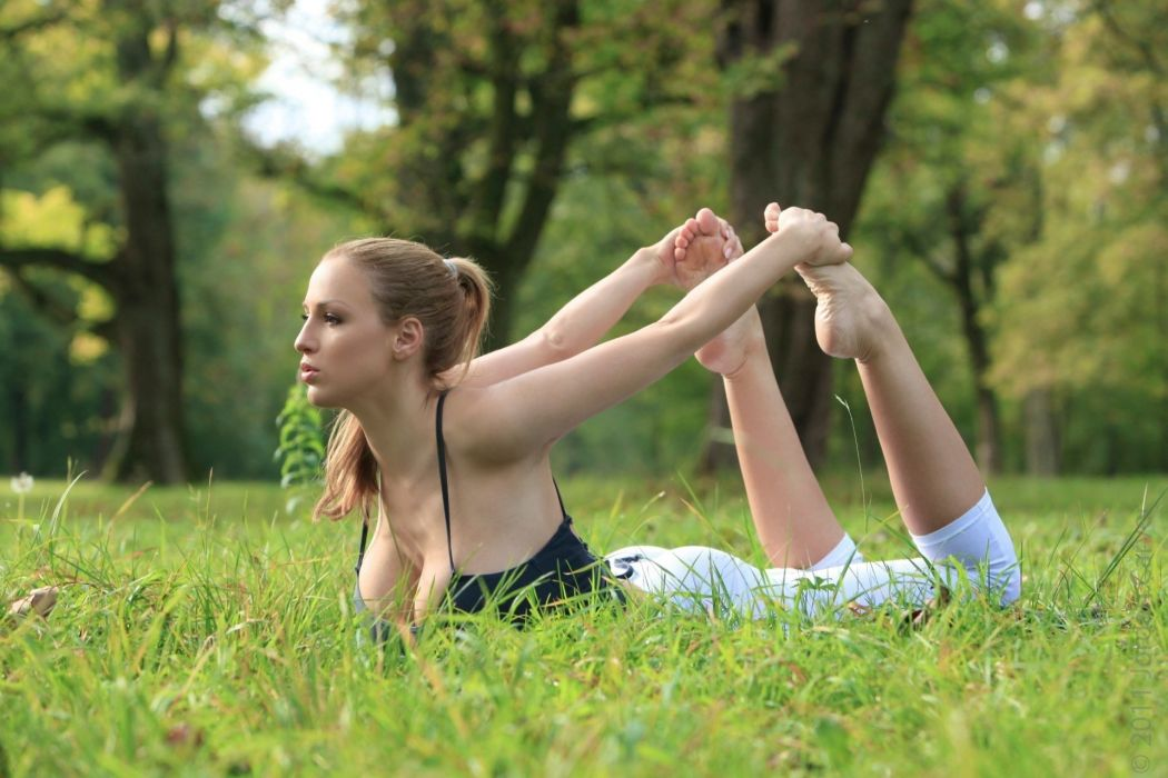 SENSUALITY - girl blonde ioga exercise grass stretching wallpaper