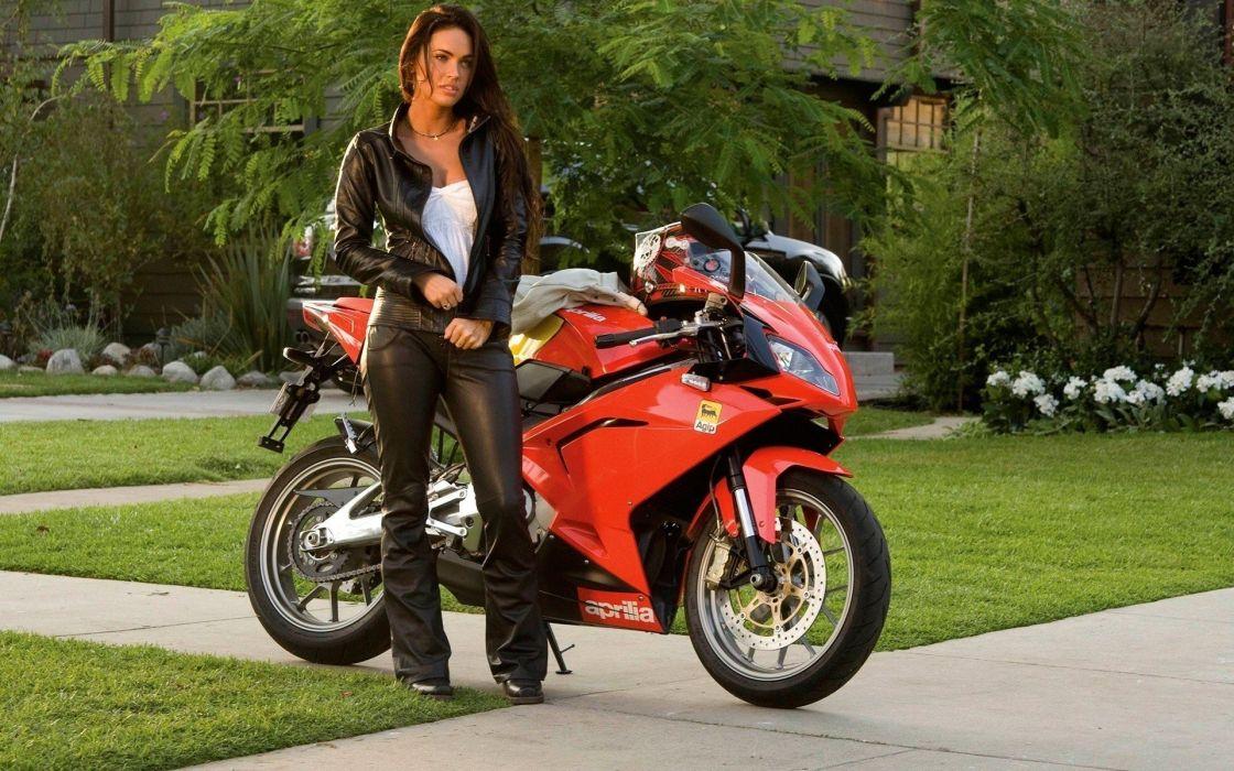 WOMEN AND MACHINES - Megan Fox celebrity girl brunette motorcycle wallpaper