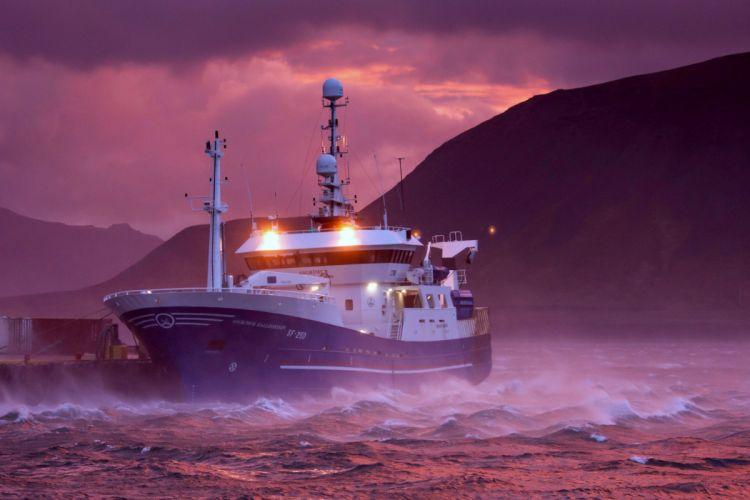 ship boat storm sea wave rain wind cloud Yacht weather sail ocean wallpaper