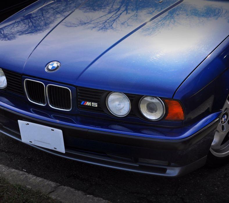 BMW M5- wallpaper