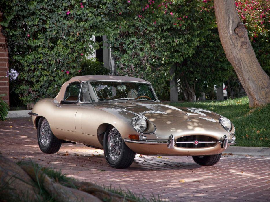 Jaguar E-Type convertible Series I 1967 classic cars wallpaper