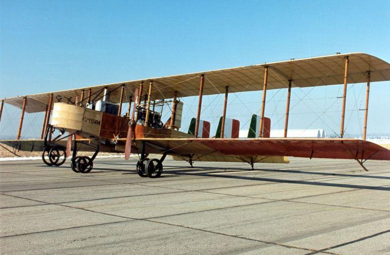 avion-antiguo-alas-helice wallpaper