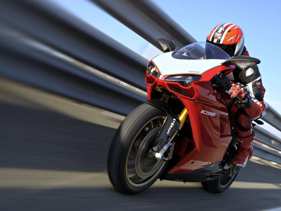 motorcycle Motorcyclist road race cloud speed bike man ducati diavel wallpaper