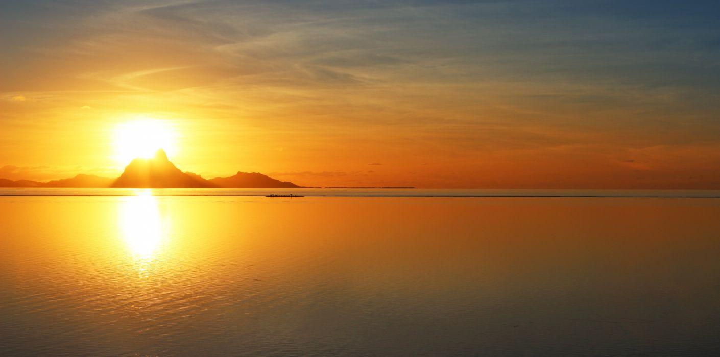 amanecer-bora bora-islas-oceano-sol-paisajes-naturaleza wallpaper