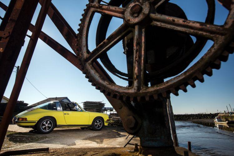 Porsche 911 Do 2 4 Targa 911 1971 cars wallpaper