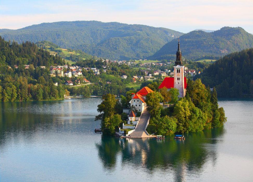 isla-s-eslovenia-iglesia-rio-naturaleza-paisaje wallpaper