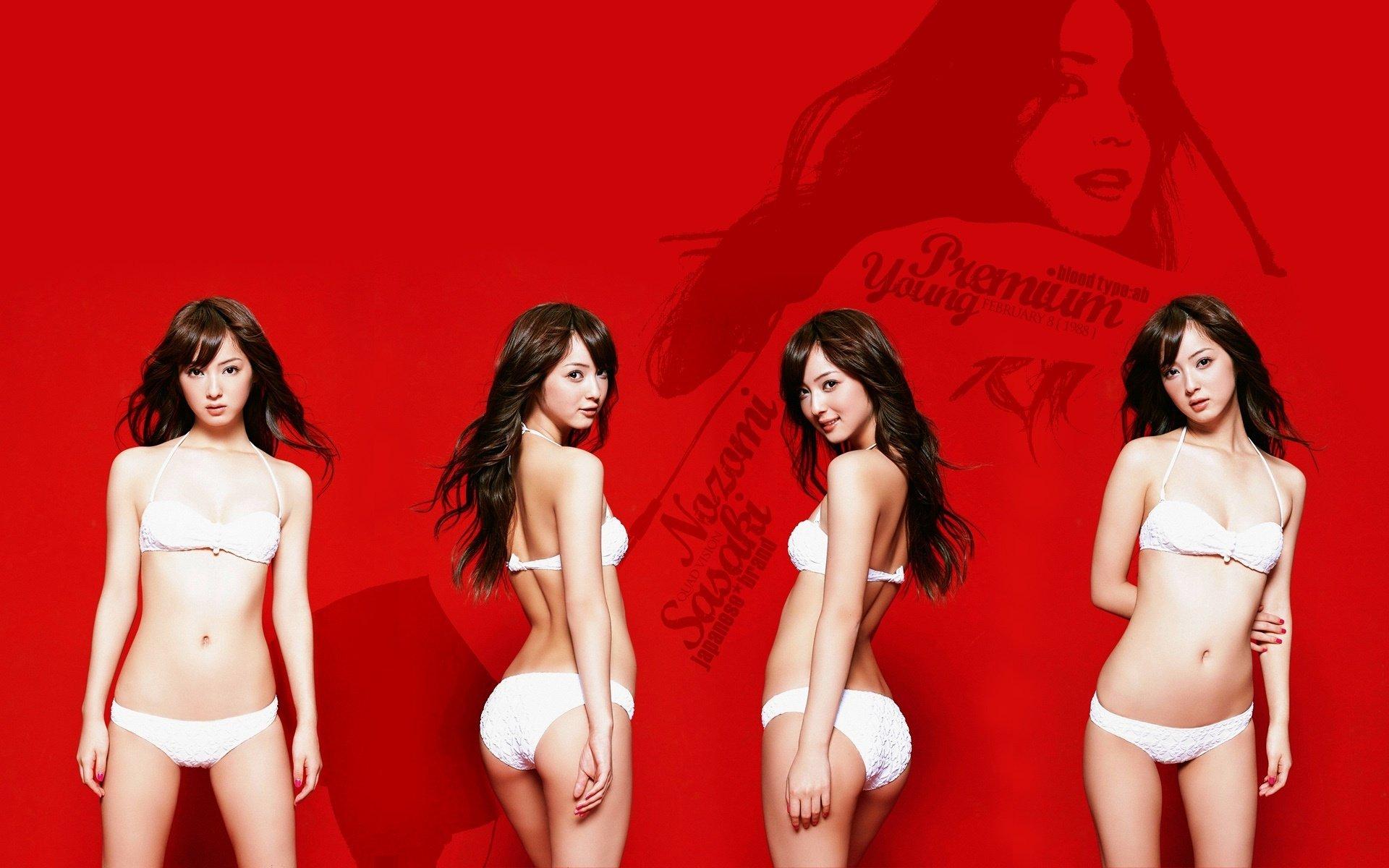 Японские девочки раздеваются 7 фотография