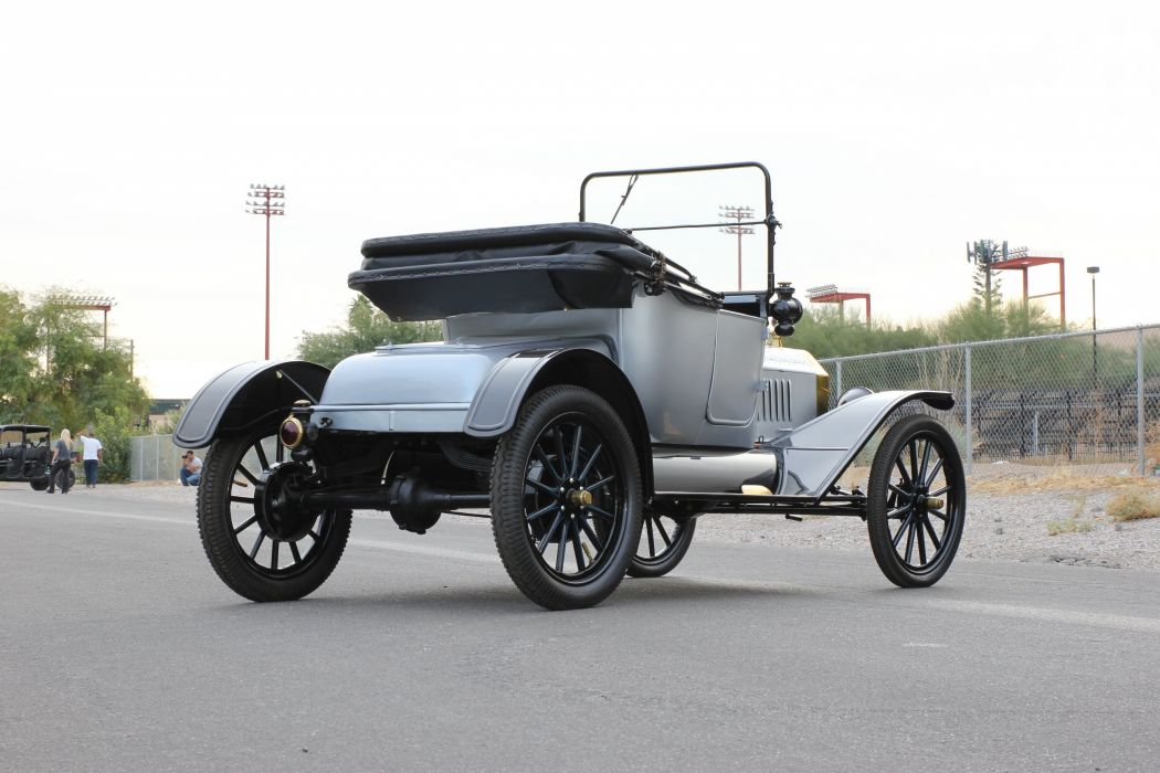 1915 Ford ModelT Roadster Classic USA 2600x1733 (3) wallpaper