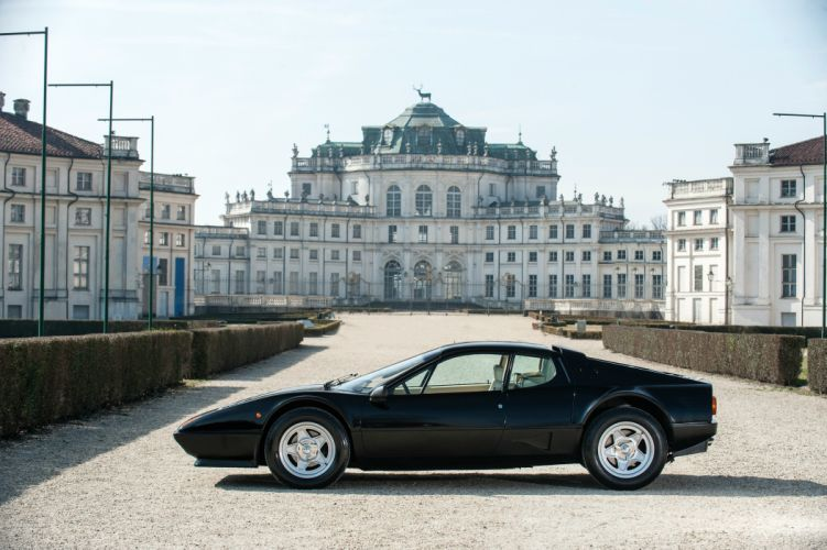 1984 Ferrari 512 BBi supercar wallpaper
