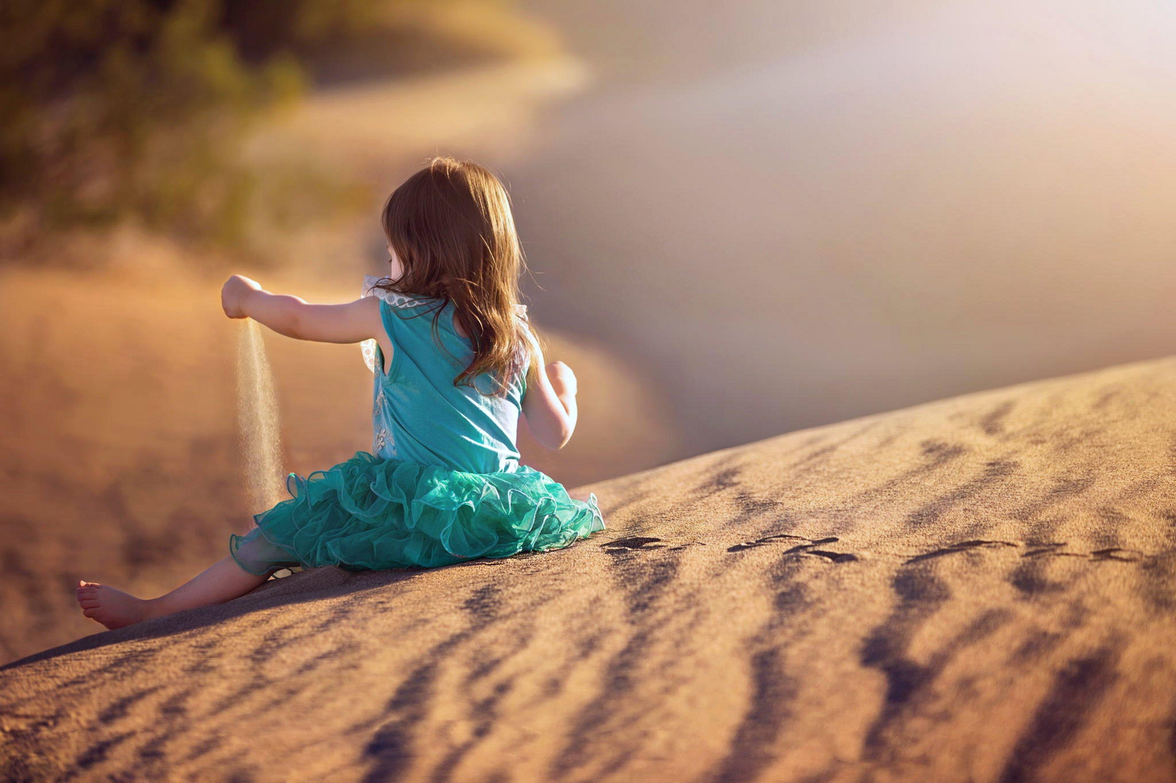 Sand Little Girl Desert Kids Happy Play Joy Funlandscapes Nature Princess Wallpaper
