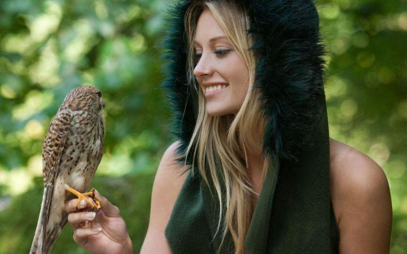 SENSUALITY - Carisha Femjoy birds blonde fur clothing wallpaper