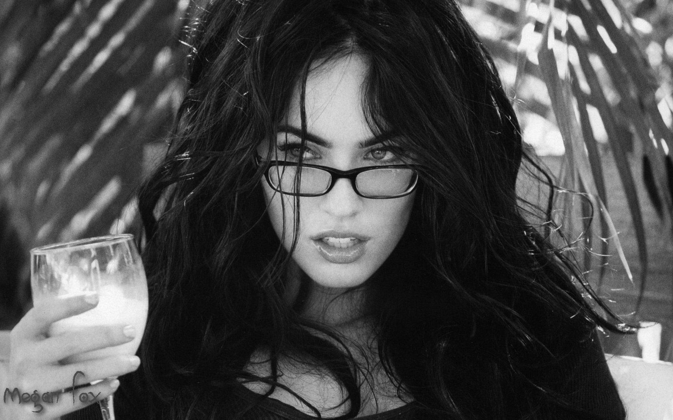 SENSUALITY - Megan Fox girl eyeglasses black end white cup ... Megan Fox Wallpaper Black And White