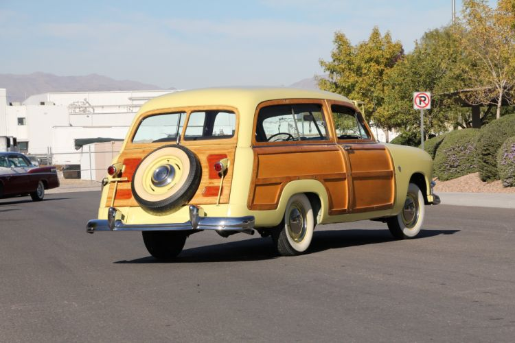 1951 Ford Woodie Station Wagon Classic USA 5184x3456-04 wallpaper