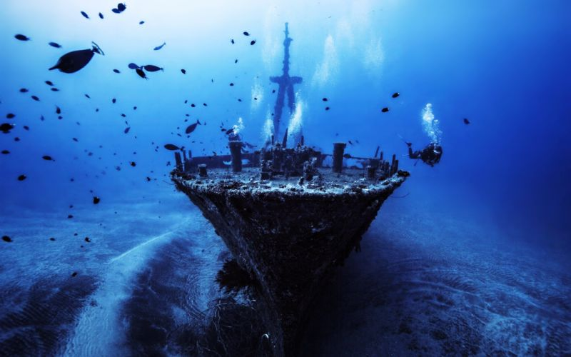 boat Deep depth Discover fish old Sea ship sunken wallpaper