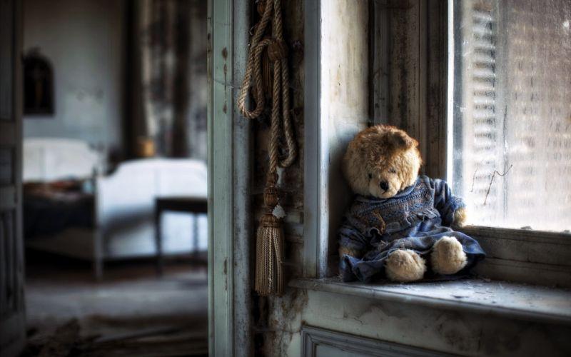 Teddy bear sad lonely windows house poor life alone bedroom emotions wallpaper