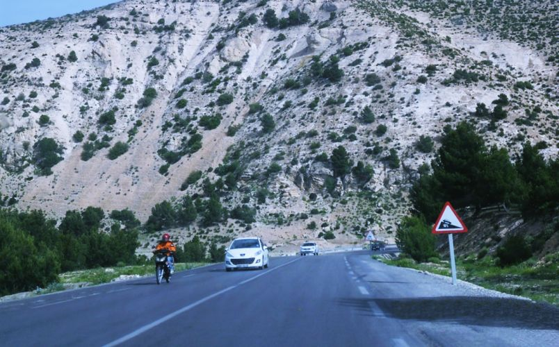 road tebessa mountains trees hills cars motorcycles landscapes nature algeria north africa chaoui amazigh wallpaper