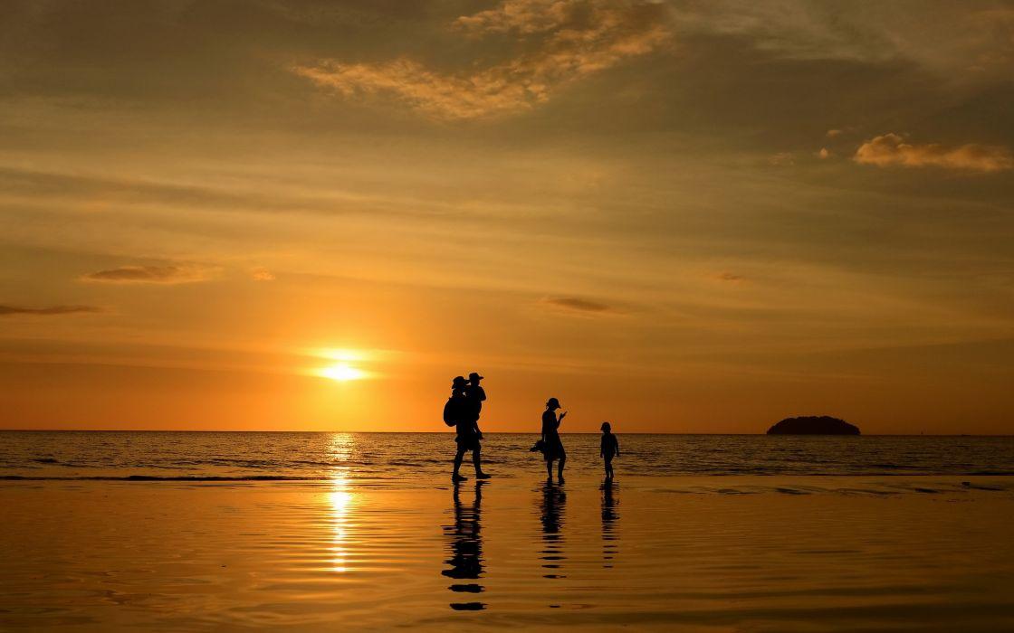silhouette landscape sunset family sea beach ocean reflection wallpaper