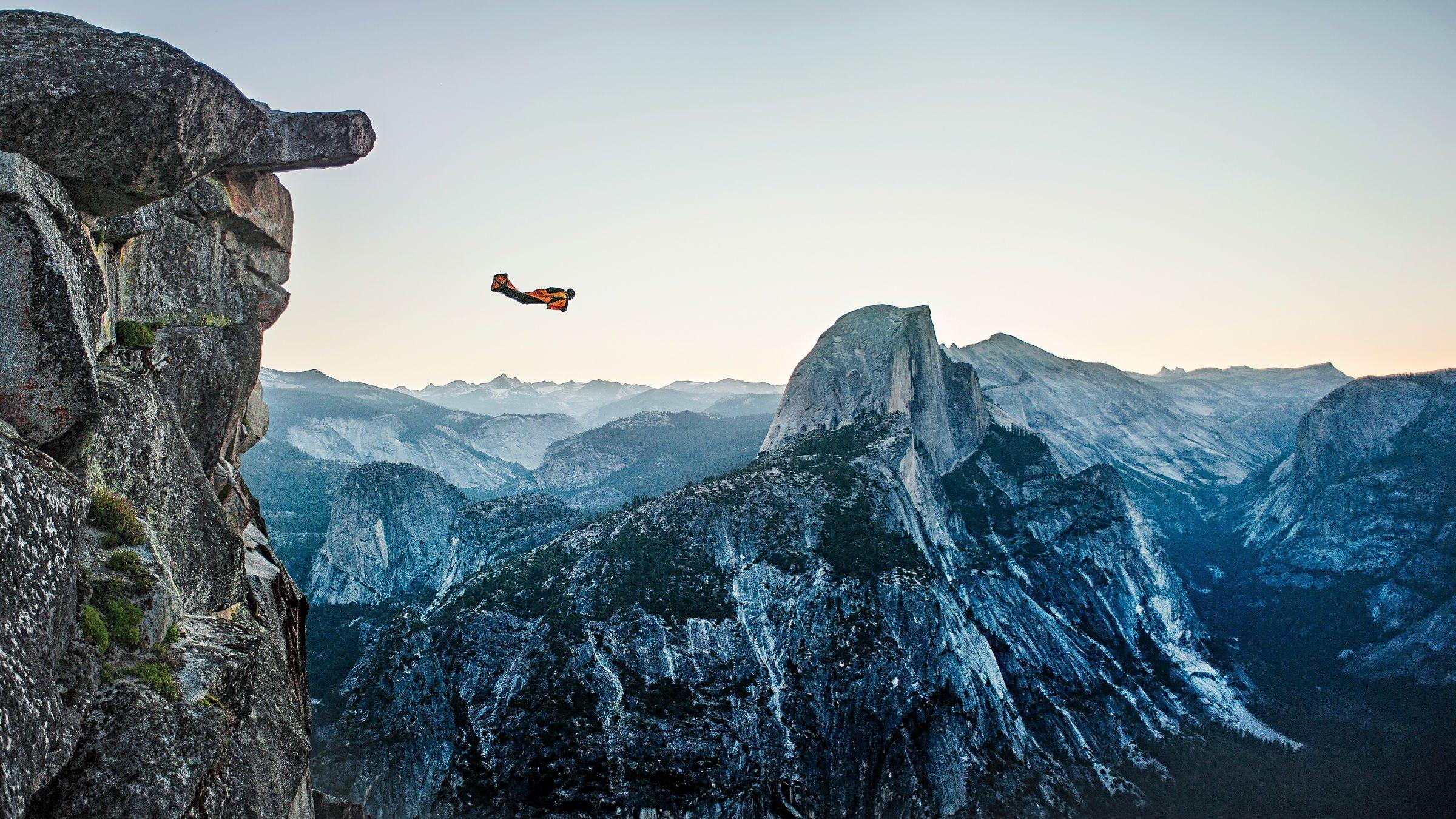 Wingsuit parachute flying fly flight extreme birdman ...