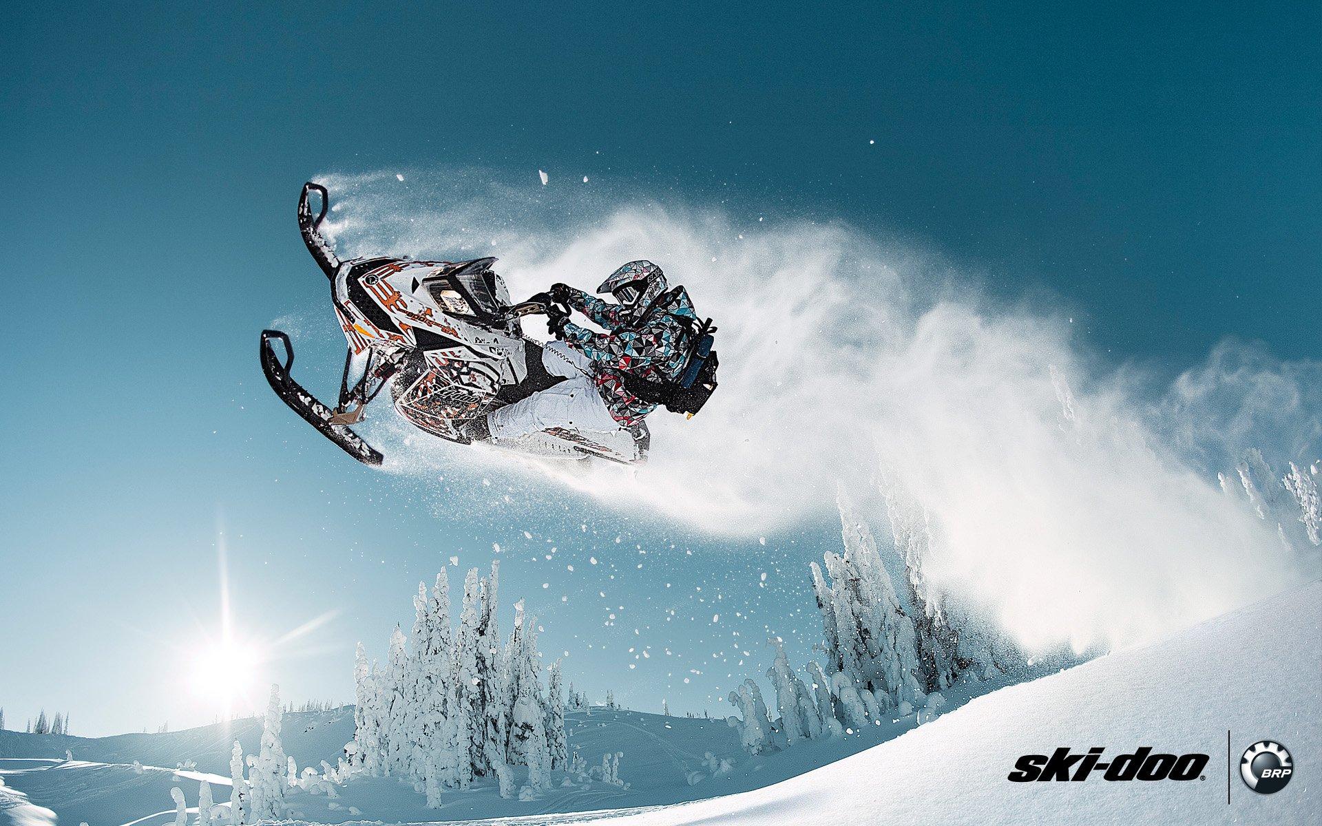 мотоцикл снег красный  № 778051 загрузить