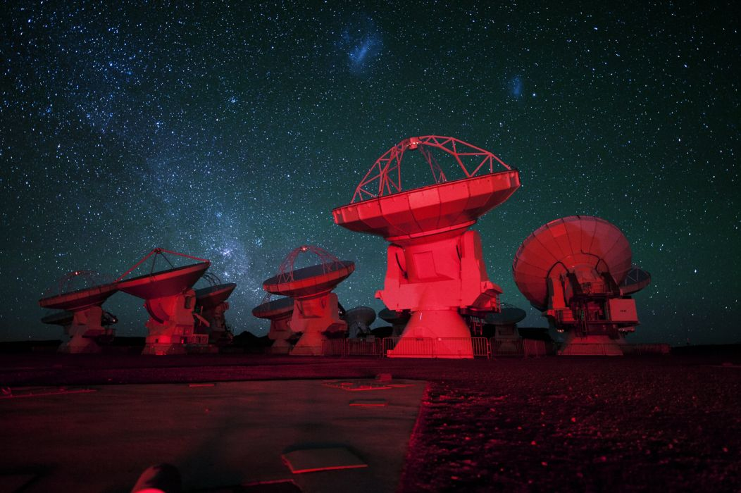 Radioteleskop radar stars dish moon milky way radio antenna