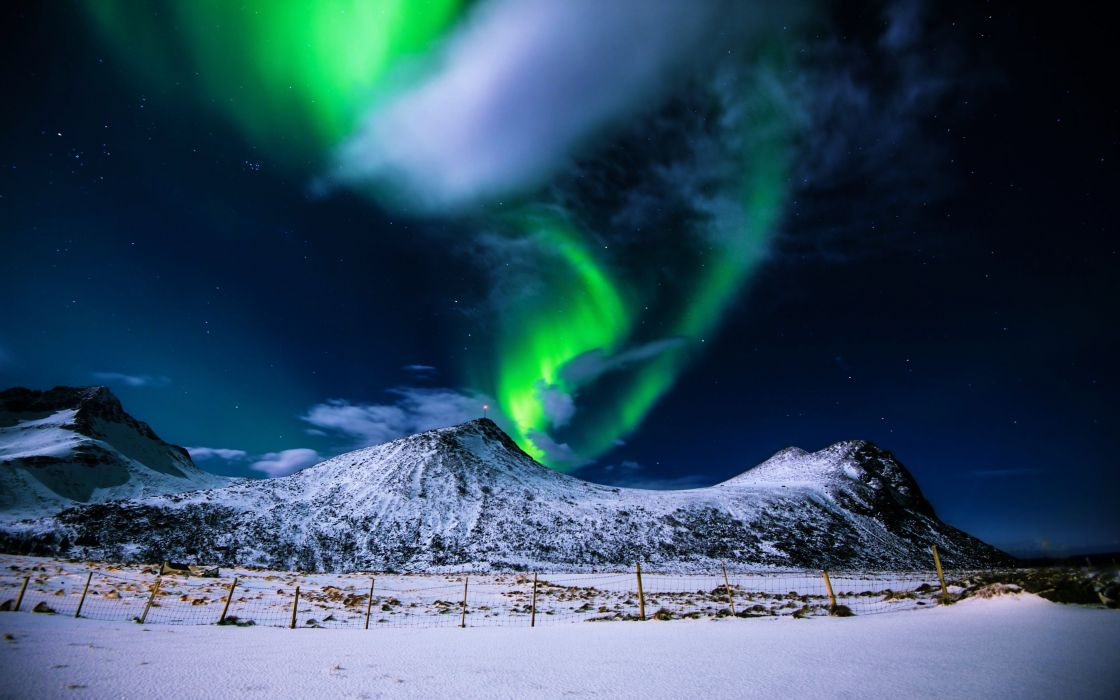 landscapes nature earth cold sky clouds stars evening snow hills mountains white Aurora borealis colors green lights wallpaper