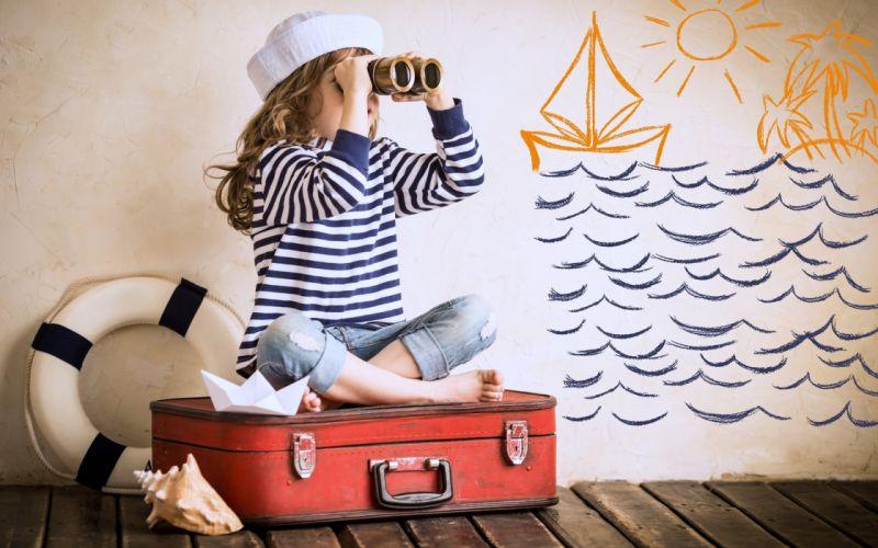 kids children childhood dreams imaginations walls drawings bags joy fun happy life family girls wallpaper