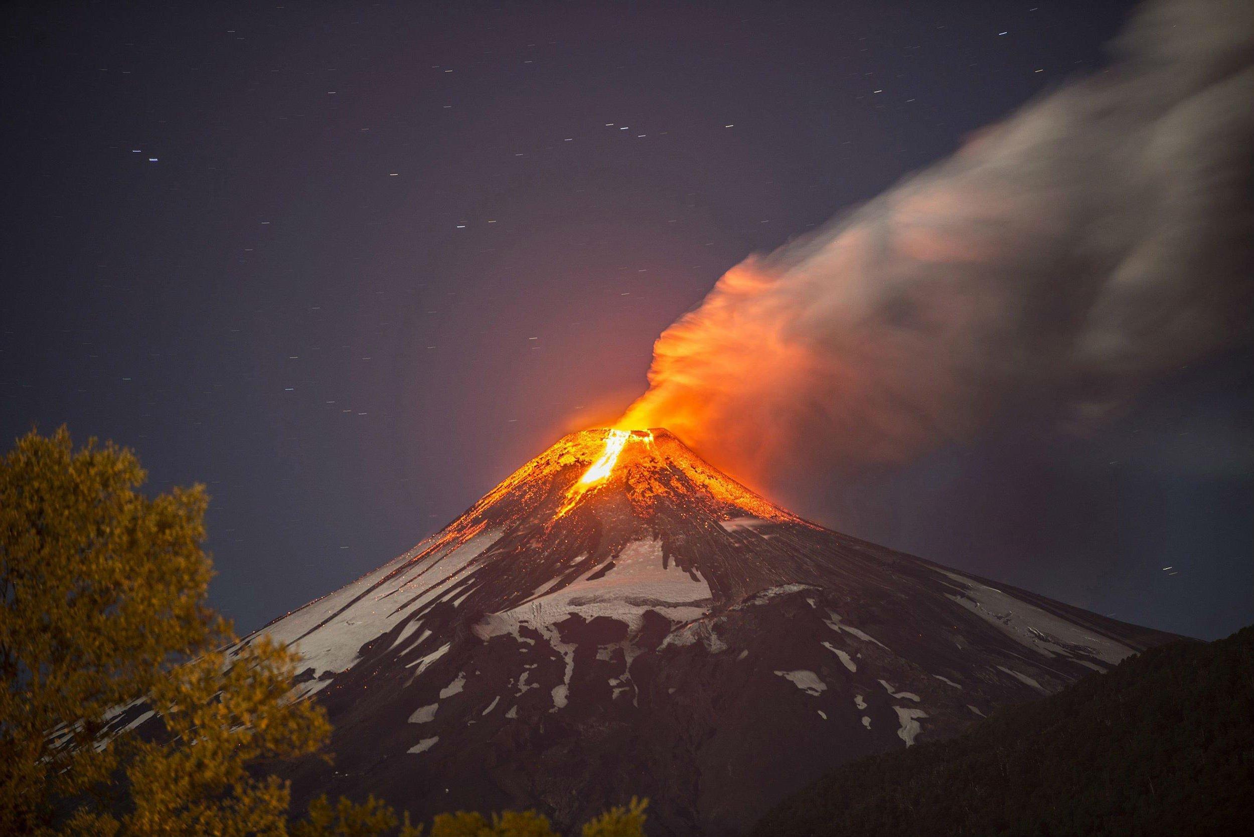 lava mountain volcano - photo #2