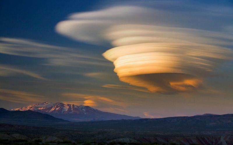 volcano mountain lava nature landscape mountains fire sky cloud clouds wallpaper