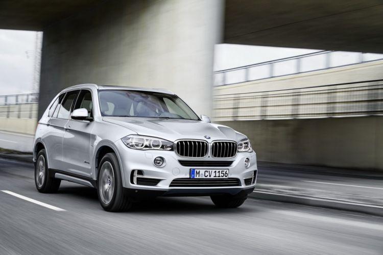 BMW X5 xDrive40e Plugs-in electric suv cars 2016 wallpaper