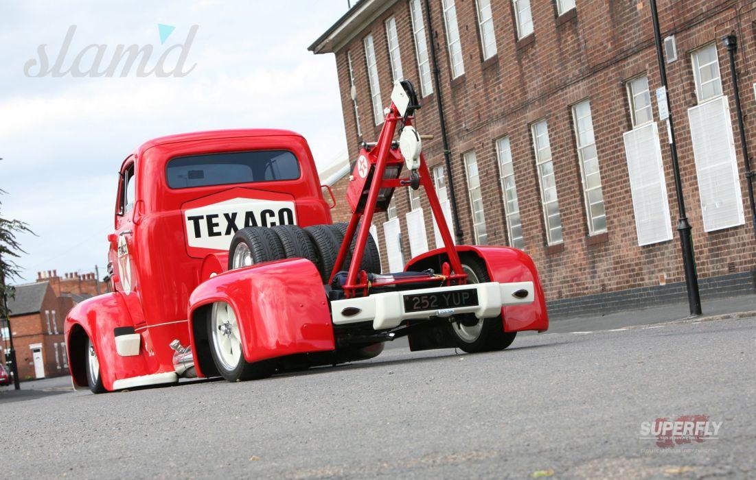 1951 Ford F5 COE Truck Wrecker Low Show USA 2400x1530-01 wallpaper