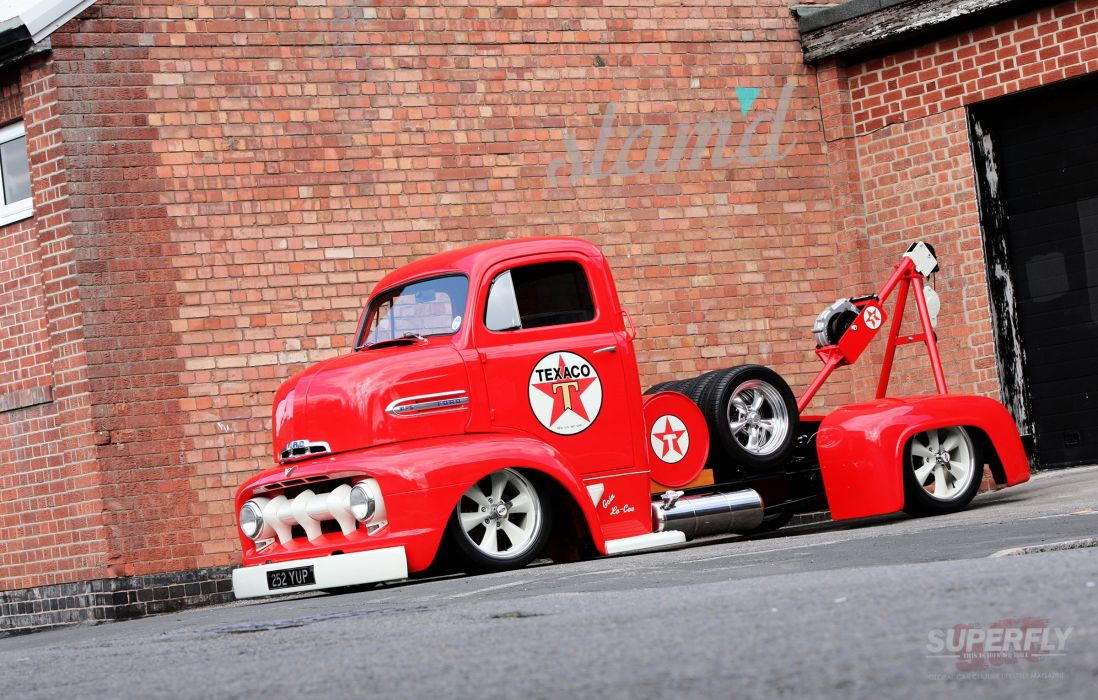 1951 Ford F5 COE Truck Wrecker Low Show USA 2400x1530-06 wallpaper