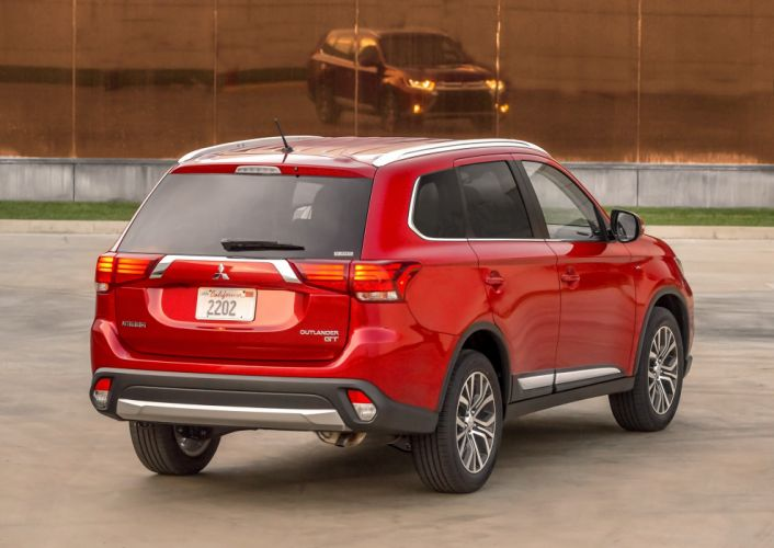 2016 Mitsubishi Outlander suv cars wallpaper