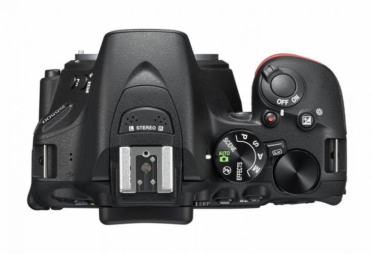 Nikon D5500 Sensor Lens 18-55 mm CMOS 24 2 Mpx Viewfinder Reflex Screen ISO range 25600 Monopoint camera photos wallpaper