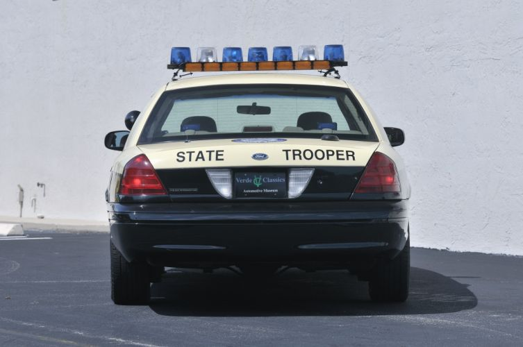 2003 Ford Crown Victoria Police Car Muscle USA 4200x3150-02 wallpaper
