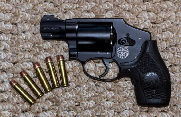 warrior pistol Weapon ammunition bullets black police army military revolver Smith & Wesson wallpaper