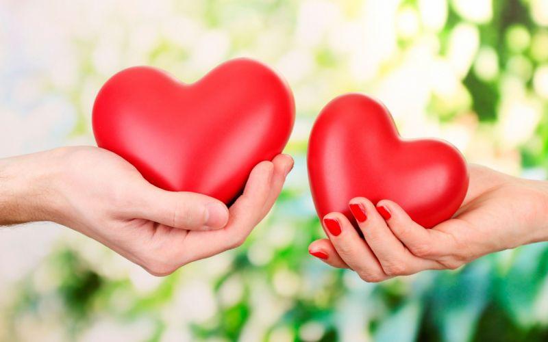 corazones manos wallpaper